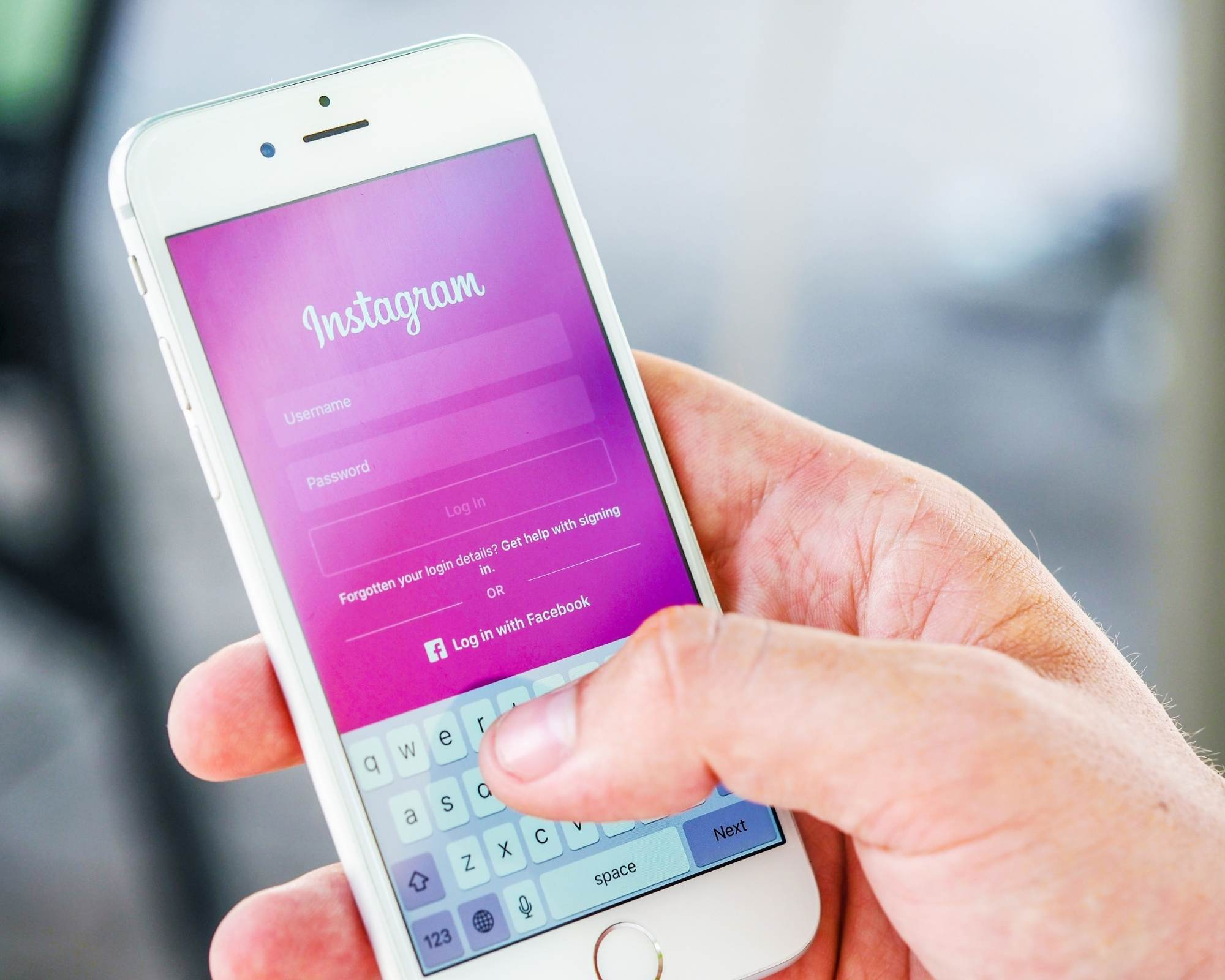 Setting up your Instagram business account for product sales.